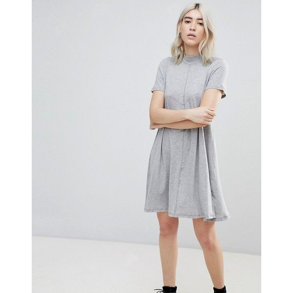 Cheap Monday Jagged A Line T-Shirt Dress ($26) ❤ liked on Polyvore featuring dresses, grey, t-shirt dresses, print dress, grey t shirt dress, tee shirt dress and tee dress