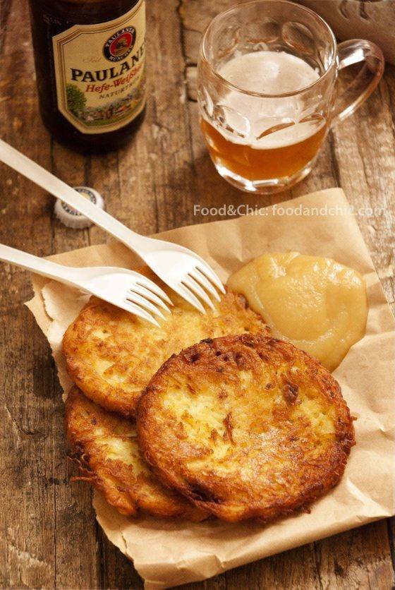 Mercadillo de Navidad: Currywurst, Kartoffelpuffer, Bratwurst con mostaza y Glühwein | foodandchic