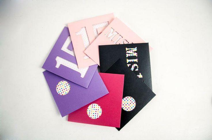 Invitaciones y souvenirs para Casamiento, 15 Años, Bar y Bat, Comuniones, Bautismos, Cumpleaños, Nacimientos, Baby Shower.