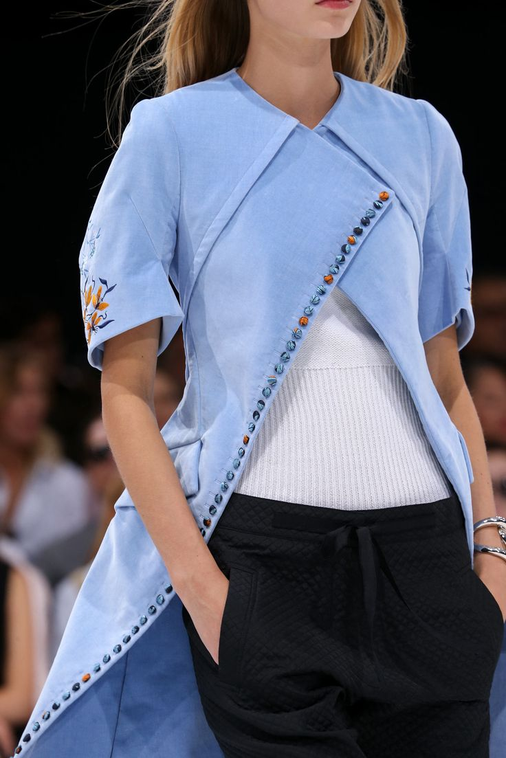 Christian Dior Spring 2015 Ready-to-Wear Fashion Show Details