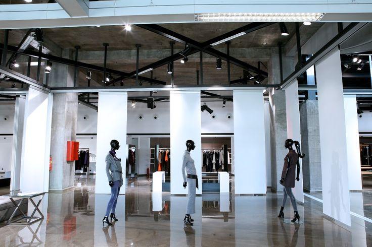 It' s #showroom time everybody! #BSB_showroom