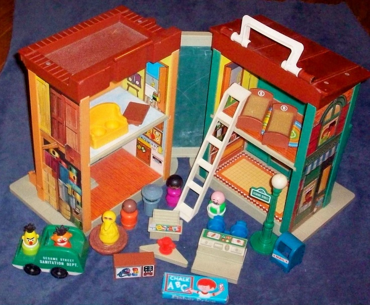 Fisher Price Toy 938 Play Family Sesame Street House 1975