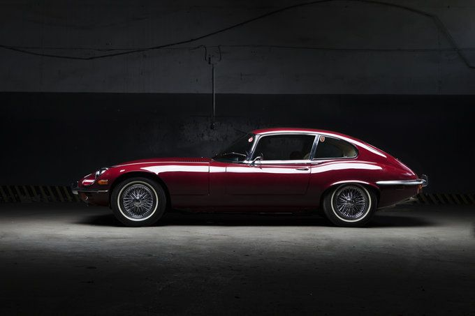 Jaguar e-type by Mateusz Jerzyk.