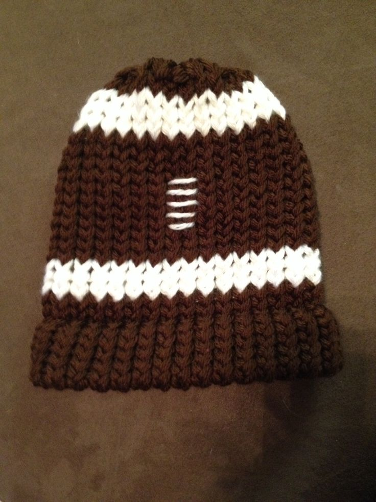 Football beanie-- loom knit The Easy Way-Loom Knitting Pinterest