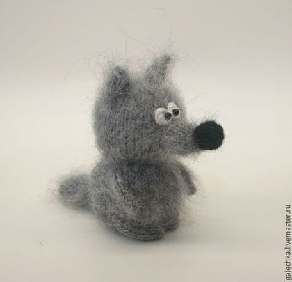 Серый волк. Вязаная игрушка. - тёмно-серый,серый,волк,Волчок,серый волк