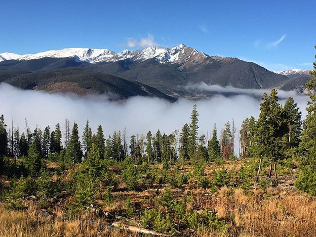 L-I-V-I-N above the clouds.☁️⛰ Breckinridge, Colorado
