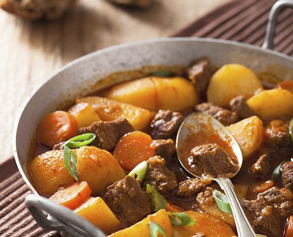 Make It This Weekend: A Sloooooow-Cooker Beef Stew