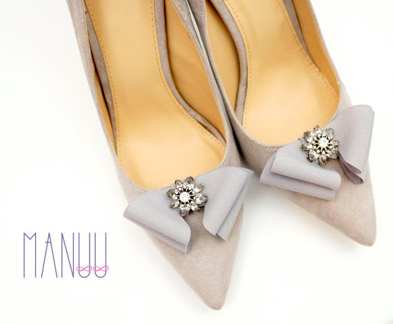 Gray shoe clips - bow shoe clips Manuu, elegant shoe accessories,bows with embellishments