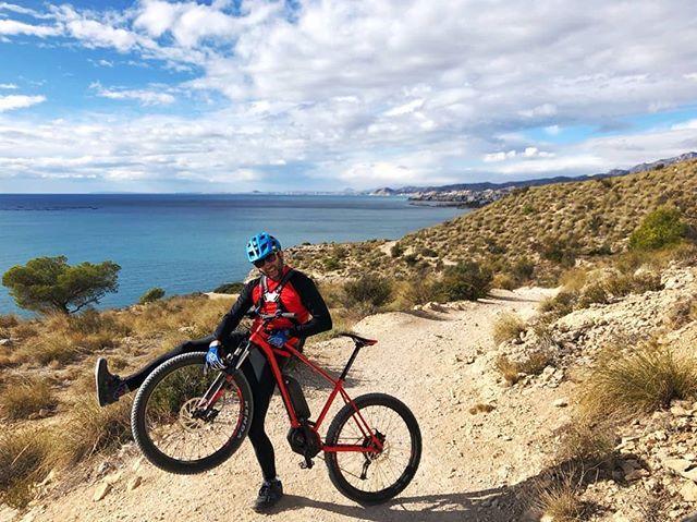 Venir a Benidorm y descubrir la belleza y la naturaleza de la Costa Blanca no tiene precio . Ahora podrás disfrutar con las espectaculares rutas de MTB en bicis eléctricas que tenemos preparadas!! #costablanca #mtb #Benidorm #spain #mtblife #rutas #bicicletas #bike #tourism #vacaciones
