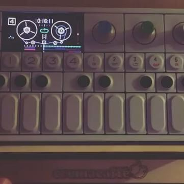 #Repost @osamajanakat ・・・ When home!! @op1andchill @teenageengineering #op1andchill #op1 #noise #noexpectations @cremacaffeshop