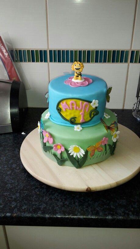 Biene maja cake