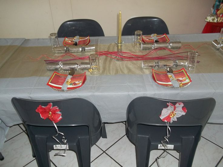 Table & Seating