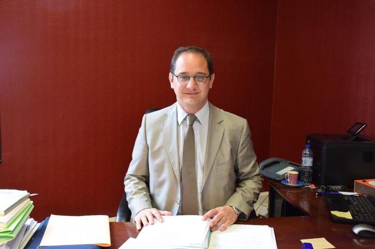 Attentat à Charlie Hebdo : la réaction du maire de #Louviers