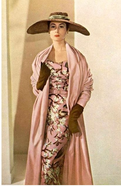 1953 Patricia in ensemble by Christian Dior, photo by Philippe Pottier,