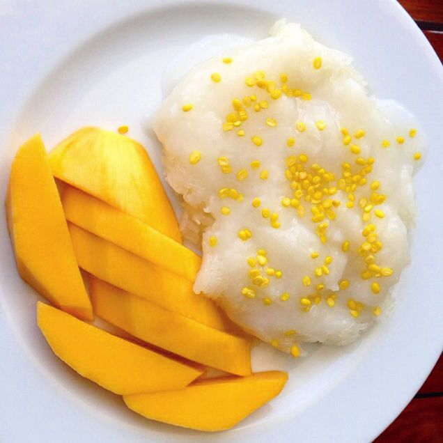 Десерт тайский - манго и рис (mango sticky rice)