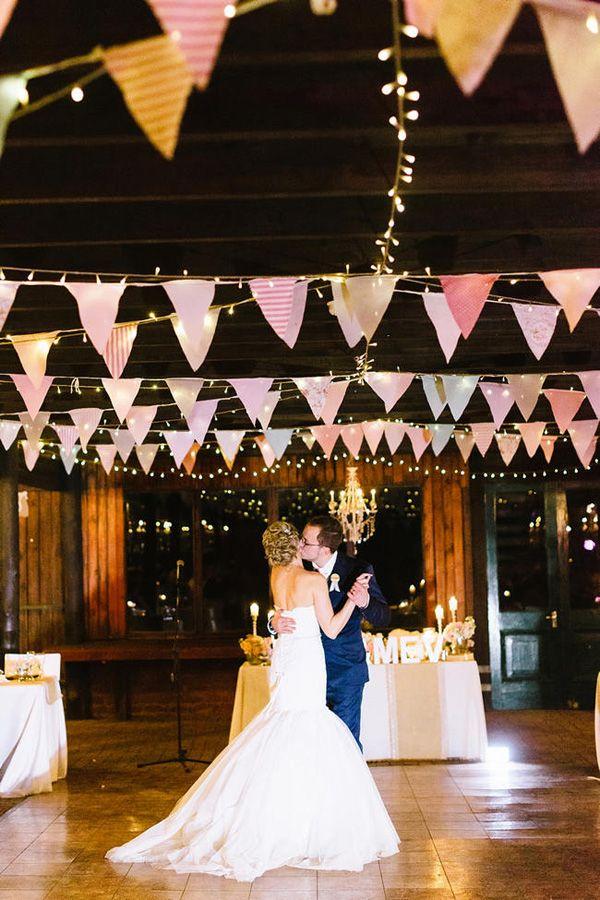 3 Barn Wedding Decor Questions