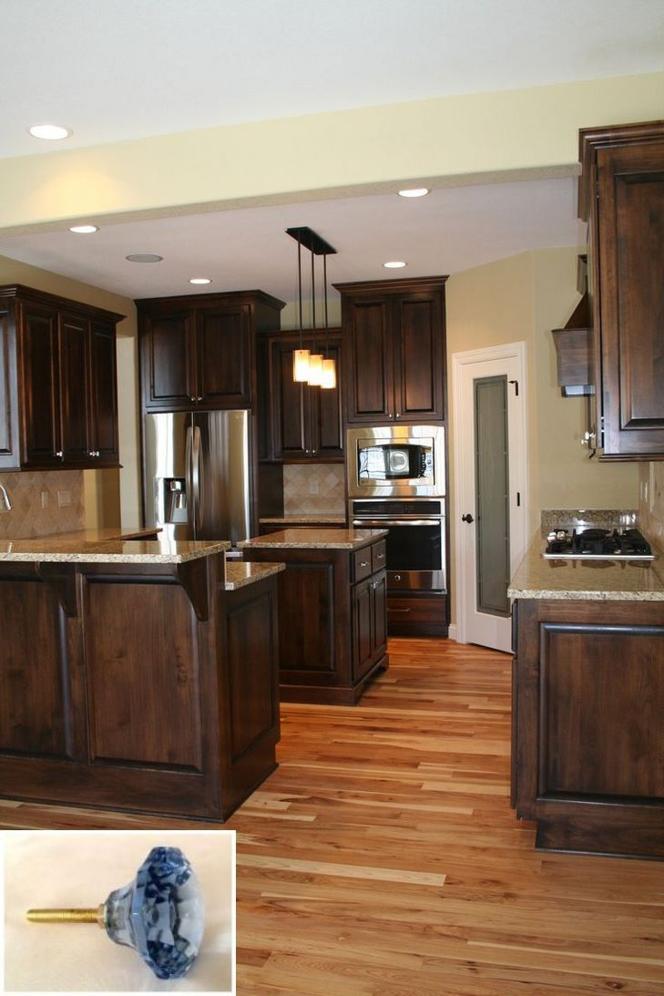 Dark Light Oak Maple Cherry Cabinetry And Kitchen Backsplash Ideas With Dark Wood Cabinets Oak Floor Kitchen Wood Floor Kitchen Hickory Kitchen Cabinets