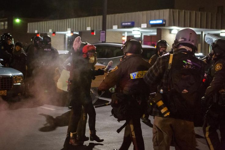 Black Friday 2014: Ferguson protesters target major retailers over grand jury decision