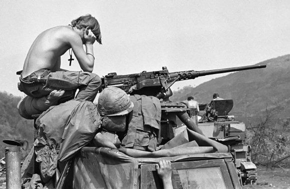 1972 - He turns back to pictures taken in the Vietnam War, this time for Dave Kennerly, of United Press International.