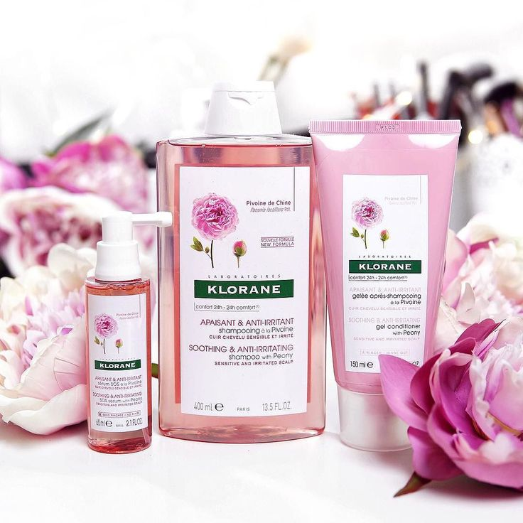 Spring is in the HAIR  If you have sensitive and irritated scalp you are going to love the @klorane_au Peony range!   Not only it's pretty in pink it helps to soothe and calm the itch with its gentle and pH balanced formula!  #klorane #kloraneshampoo #kloraneau #peony #prettyinpink #haircare #shampoo #hairserum #pink [ad]