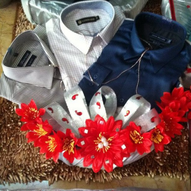 Wedding Gift For Groom Indian : Gifts for him/ Men in the bride or grooms family Bangladeshi ...