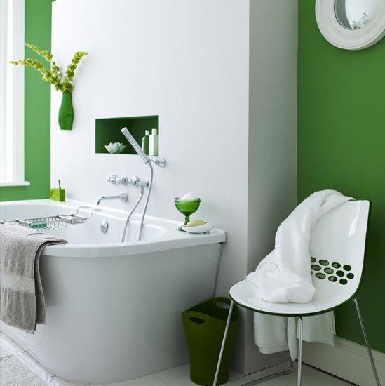 emerald green bath walls and accents.