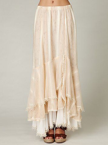 lovely maxi skirt, totally my style and perfect for summer