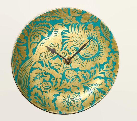 SILENT Exotic Bird and Floral Wall Clock 10-1/2 by makingtimetc