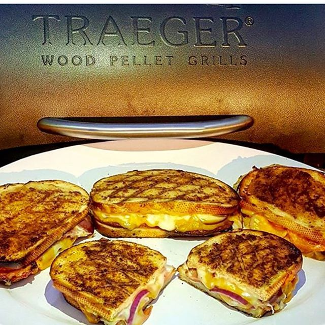 Smokey grilled ham and cheese on the Traeger Pellet Grill!! Mmmmm! #traegergrills #shoplocal #stocktonca Reposted Via @gameroomenvy