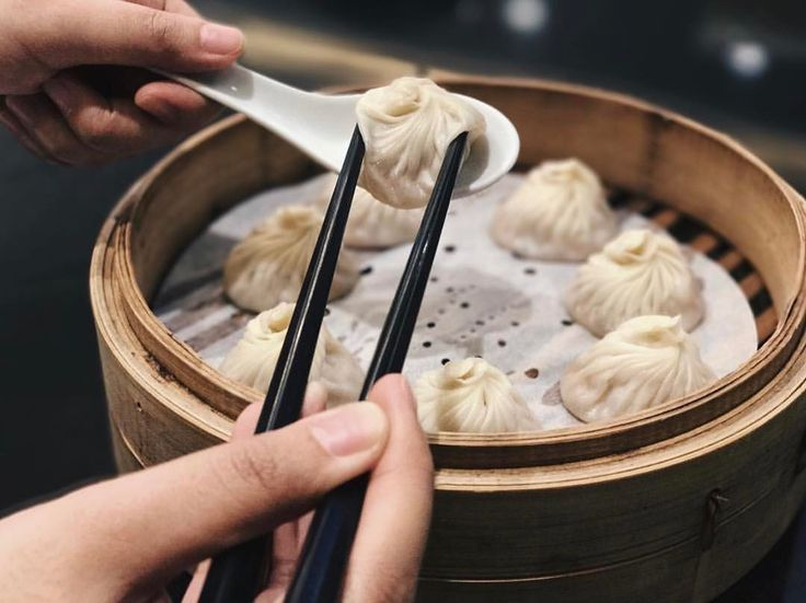 NOW OPEN: Lugang Cafe - Robinsons Manila Offering Taiwanese cuisine specializing in xiao long baos roast meats and more  @carlacarlaaaa # #bookymanila  View its exact location on our app!  Tag your friends who love Chinese food