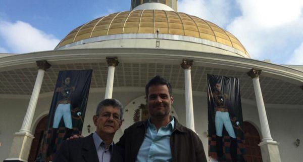 ¡ENTREVISTA DE LUJO! Henry Ramos Allup entrevistado por Luis Chataing desde la Asamblea Nacional (videos)