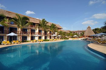 The Reef Coco Beach Resort - All Inclusive (Playa del Carmen, Mexico) | Expedia
