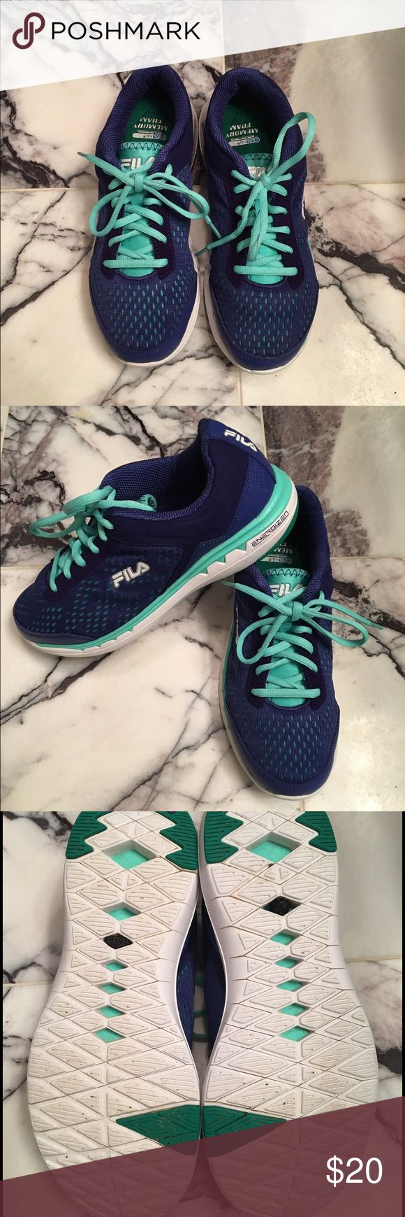 Women's FILA  Energized Sneakers! 👟🏃♀️ Women's FILA Energized Sneakers Shoe With Memory Foam Sole! Like New! Awesome Condition! Royal Blue/Teal! Size 8.5 👟🏃♀️ Fila Shoes Sneakers