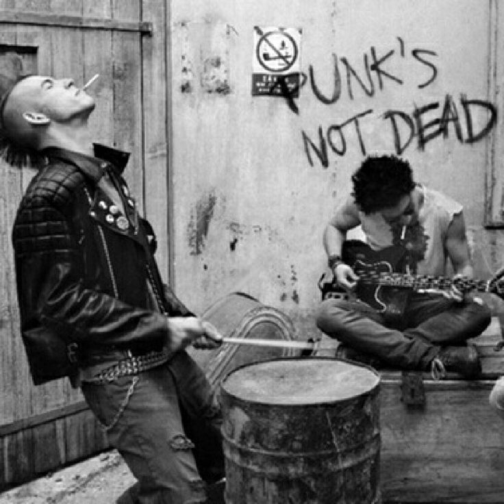 Punk's not dead Band Smoking drums guitar street