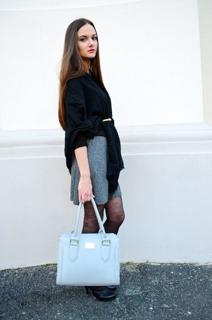 signorinaanita, grey, black, allblack, dress, outfit, style, gold, accessories, heels