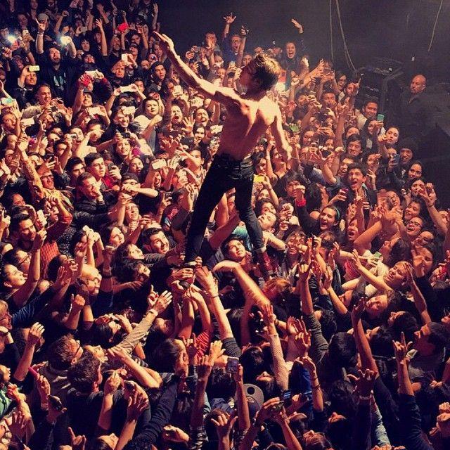 Matt Shultz Cage The Elephant In El Paso 2014 Bands