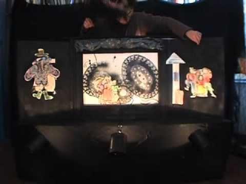 Is het kamishibai? Is het poppenspel? Is het 'draw & tell'? Nee, het is alles tegelijk!!! Kamishibai initiation.mov - YouTube