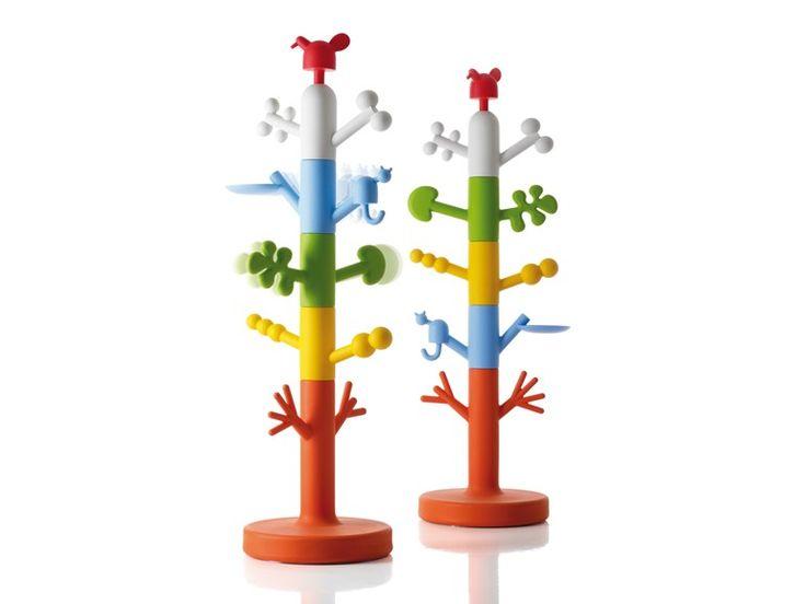 Polyethylene coat stand for children PARADISE TREE by Magis design Oiva Toikka