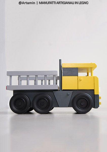 """Camion giocattolo """"Manny"""" con cassone da trasporto"""