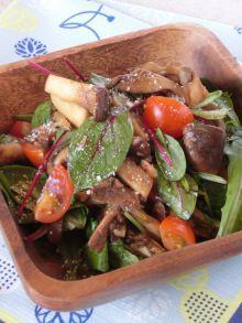 オシャレで美味しいサラダ☆キノコのバルサミコ酢ソテーサラダ