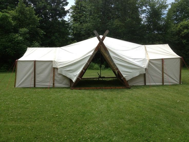 Baron Bragg's combo viking tent with two wall tents. Very clever.