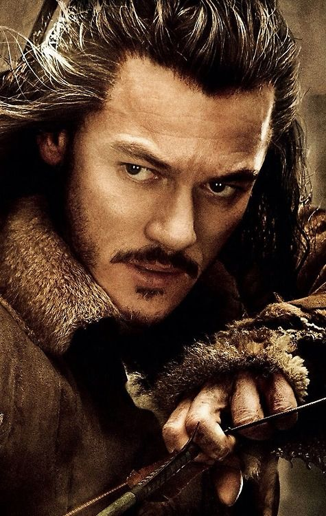 The Hobbit: The Desolation of Smaug..When I first saw bard I thought it was Orlando bloom but the i looked closer and it wasn't!!!!!