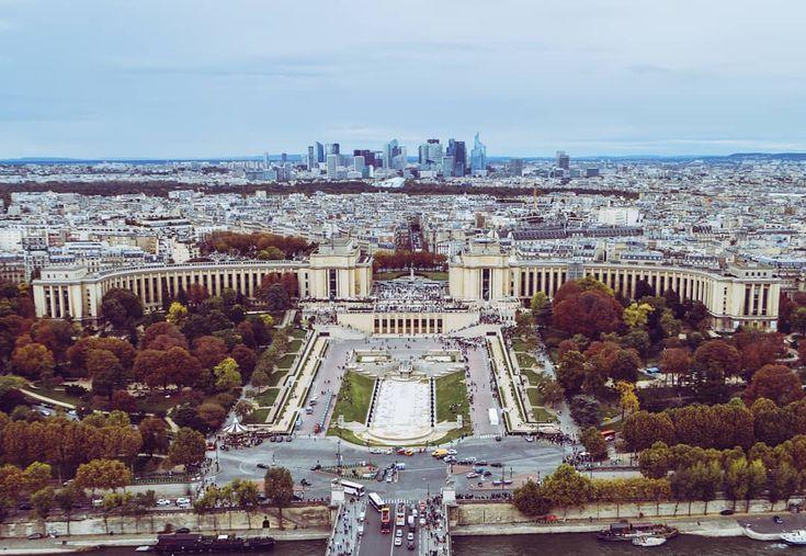 We arrived in Paris the City of Lights. Beautiful where it looks  ------------------------------------------------------------------ Llegamos a París la ciudad de las luces. Hermosa por donde la veas        #Europ #paris #france #wanderlust #Travel