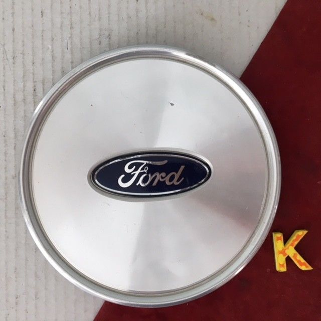K 2003 2005 Ford Crown Victoria Lx Wheel Center Cap Oem 3w73 1a096 Aa Ford Ford F250 Wheel