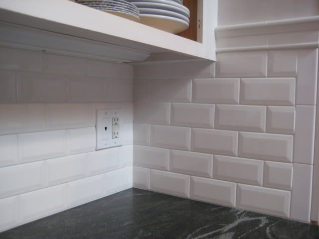 Beveled subway tile inside corner bathrooms pinterest for Tiling a backsplash inside corner