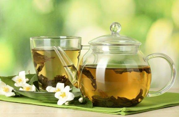 Moeilijk afvallen? Drink dan dagelijks groene thee en het lukt