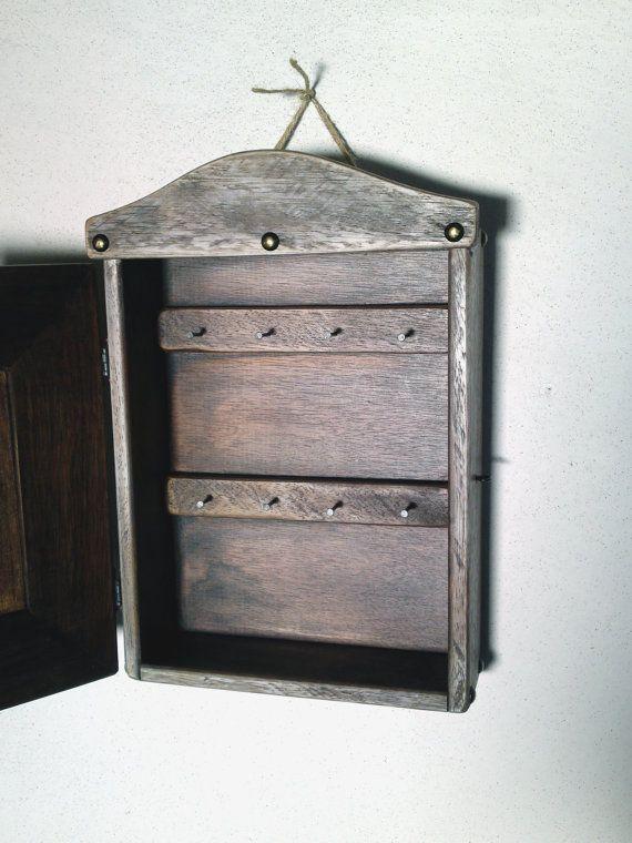 Key Cabinet Key storage box key chain box key by SimpleCraftIdeas