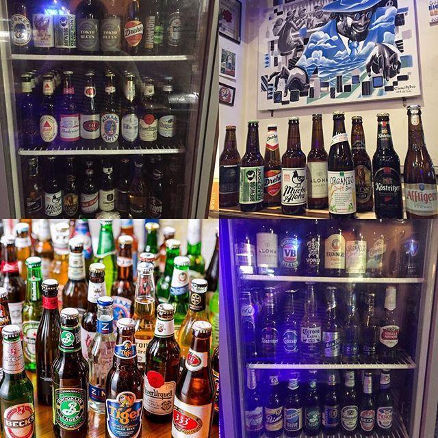 CAFE DINING BAR B-Blue  BEER入れ替えしました‼️ ハワイやらドイツやらモロッコやら日本やらスコットランドやら色々新しく仕入れました😎♬今は全60種類位あります‼️ この週末にB-Blueで世界旅行なんてのもありですね笑‼️ #B_Blue#BEER#ビール#瓶ビール#世界各国#世界のビール#世界のビールフェア#遊び心#よりどりみどり#大和#肉#肉寿司#肉料理#週末#はなきん#レディースデー