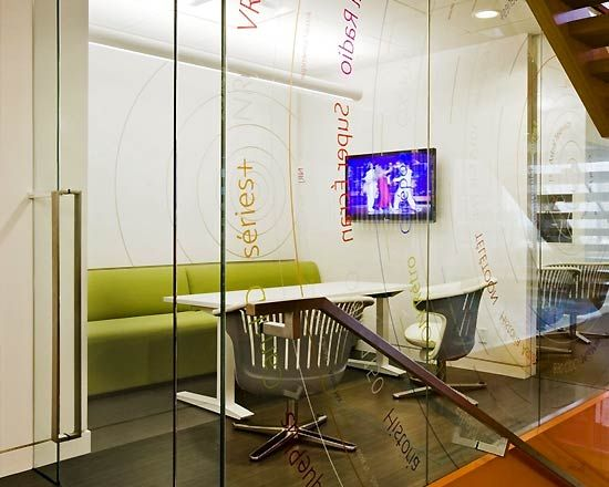 129 best images about flex offices on pinterest nanyang for Cool small office designs