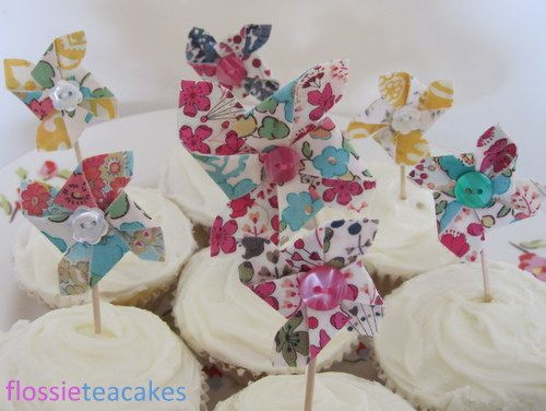 Adorable Liberty scrap pinwheel cup cake toppers by Flossie Teacakes. Too pretty for words!